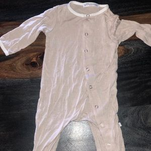 One piece baby snap up onesie